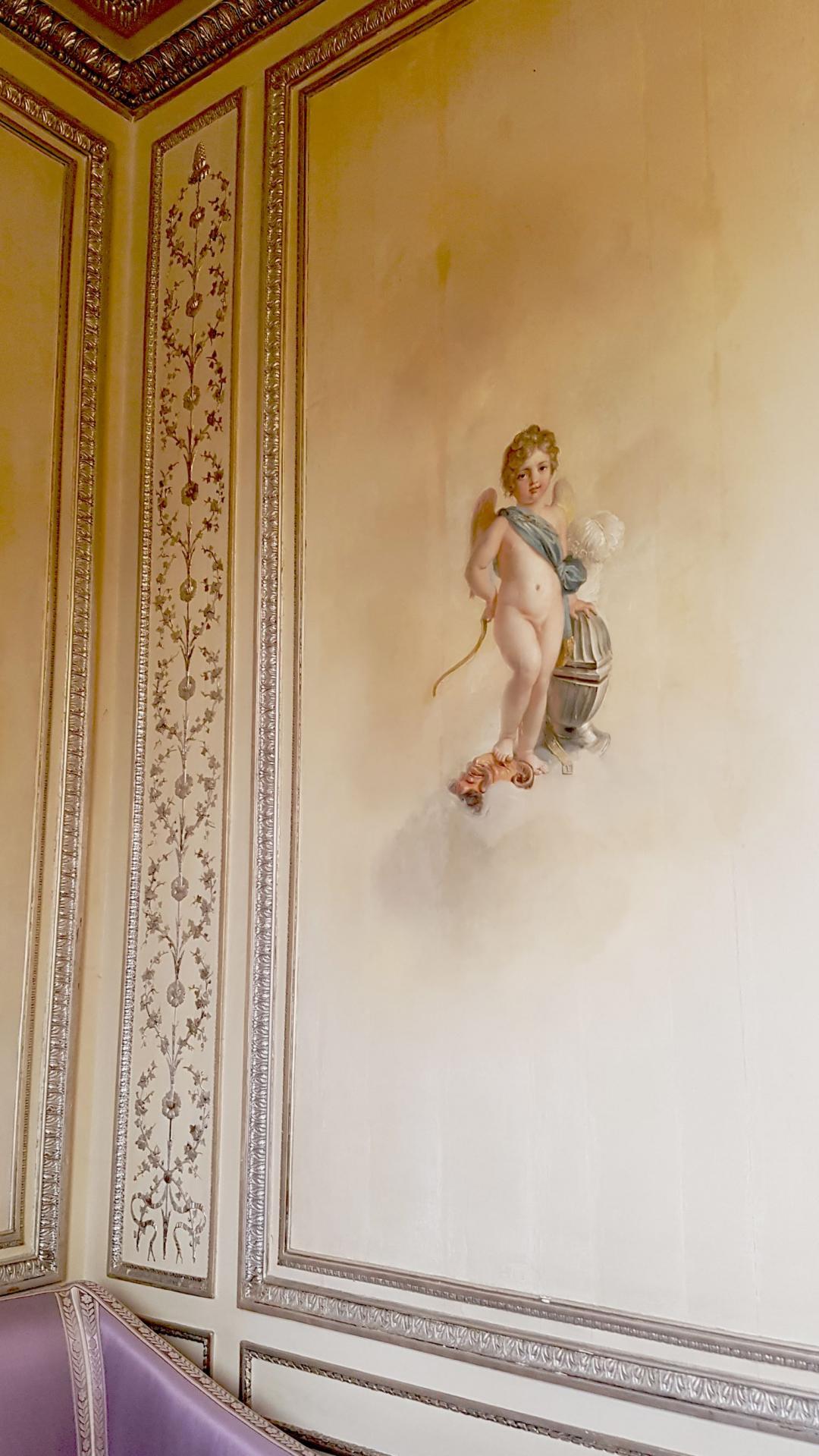 Le Salon d'Argent. Peinture murale.