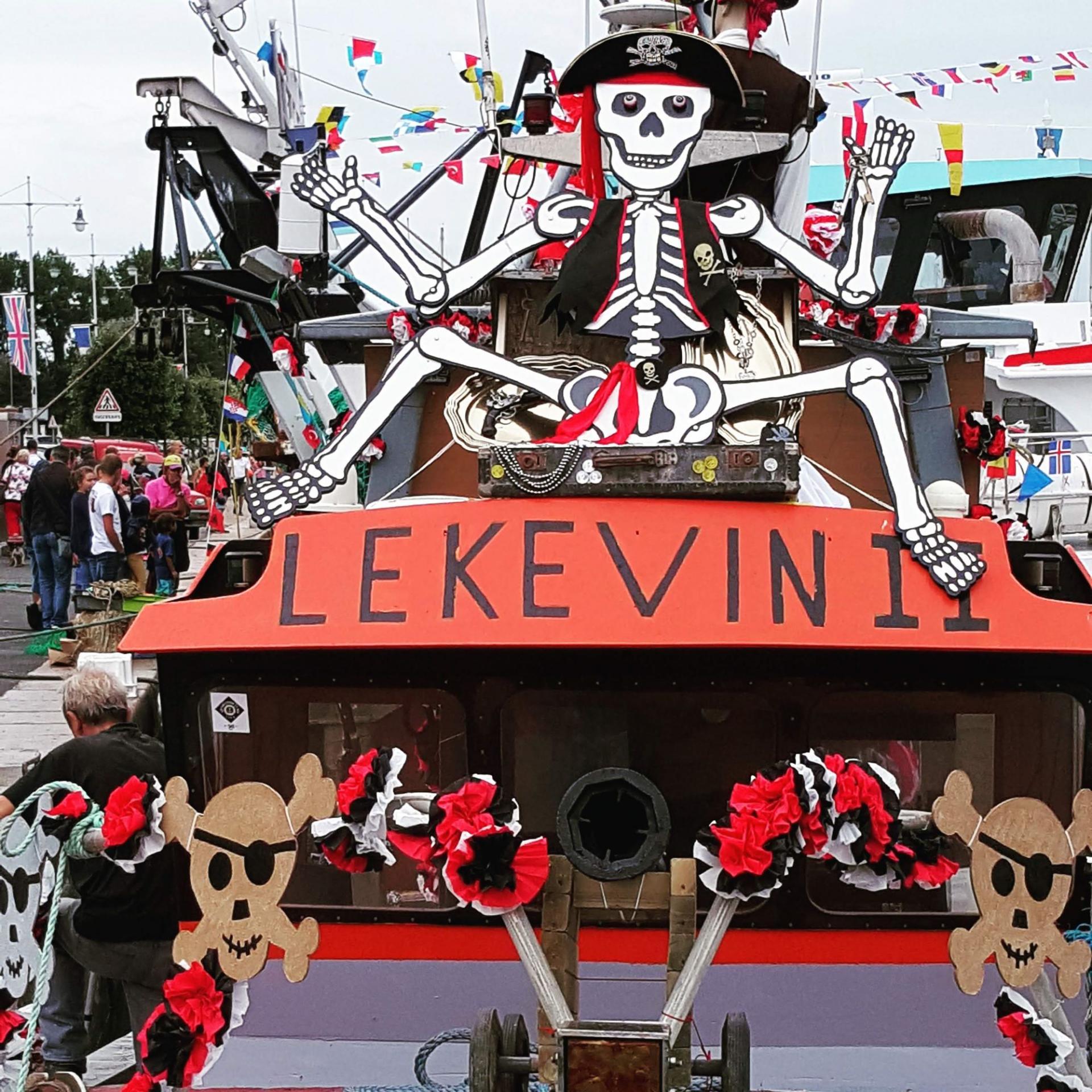 Fête de la Mer. Bateaux décorés dans le port, édition 2018