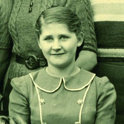 Louise pikowsky portrait
